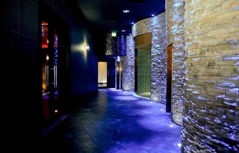 Mercure Olbia - Hotel - 10