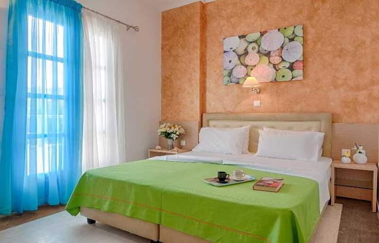 Pyrgos Beach Apartments - Room - 11