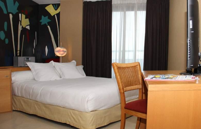 Marina dOr Playa Hotel 4 Estrellas - Room - 2