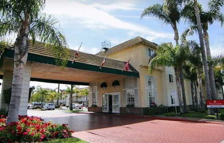 Ramada Costa Mesa Newport Beach - Hotel - 0