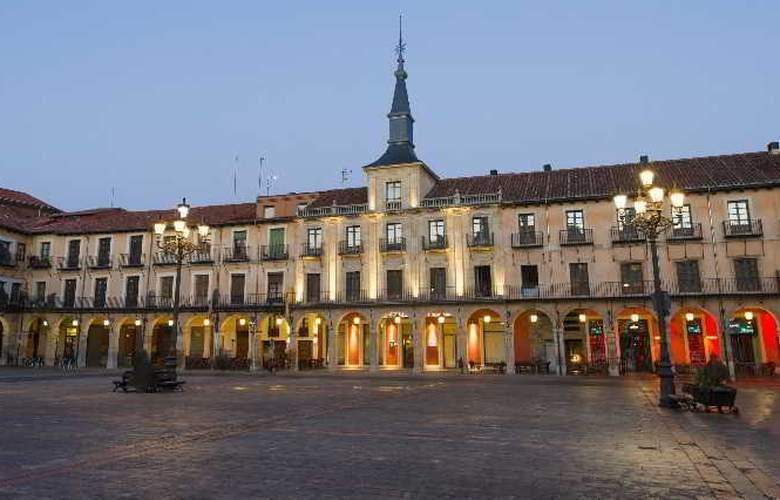 NH Collection Leon Plaza Mayor - Hotel - 0