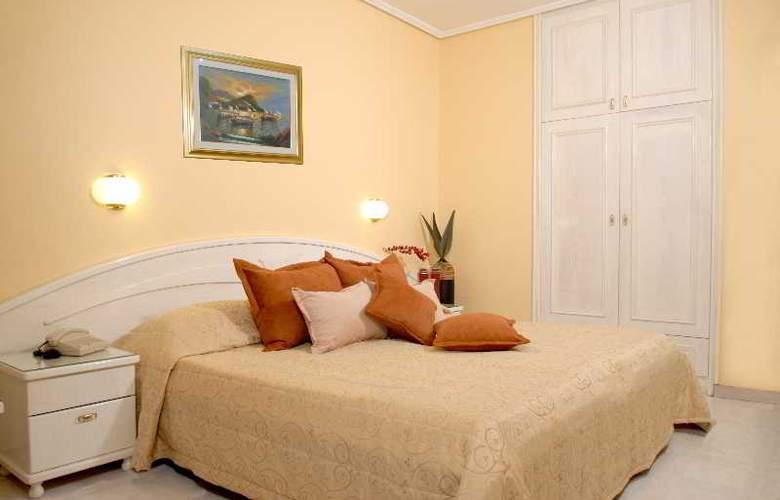 Strass Hotel - Room - 9