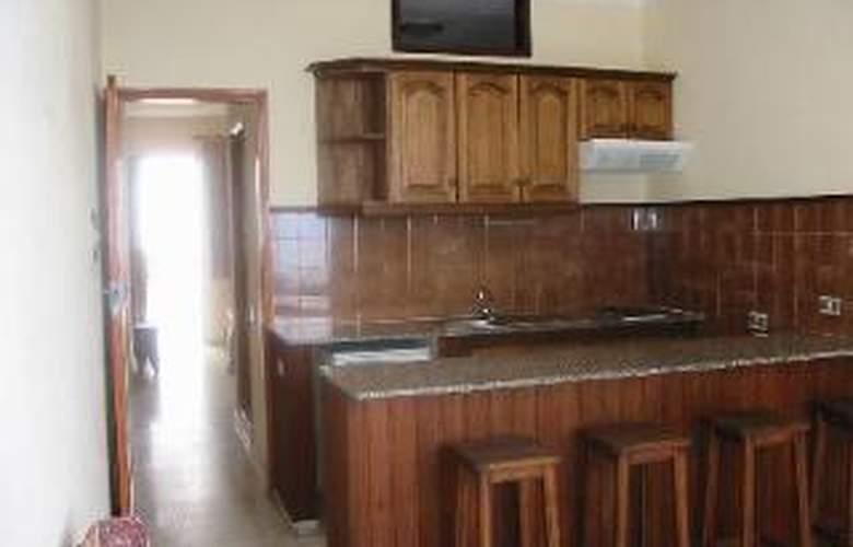 Apartamentos Isa - Room - 6