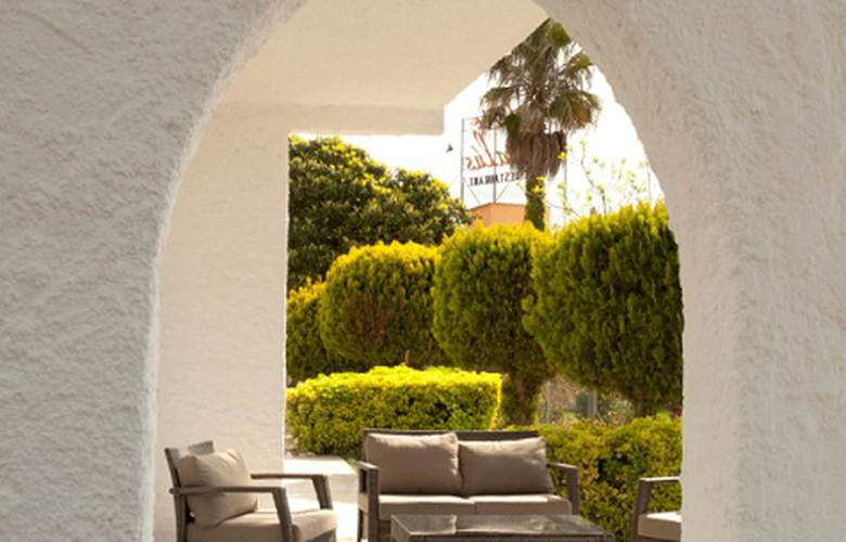 Bungalows Papalús - Terrace - 6