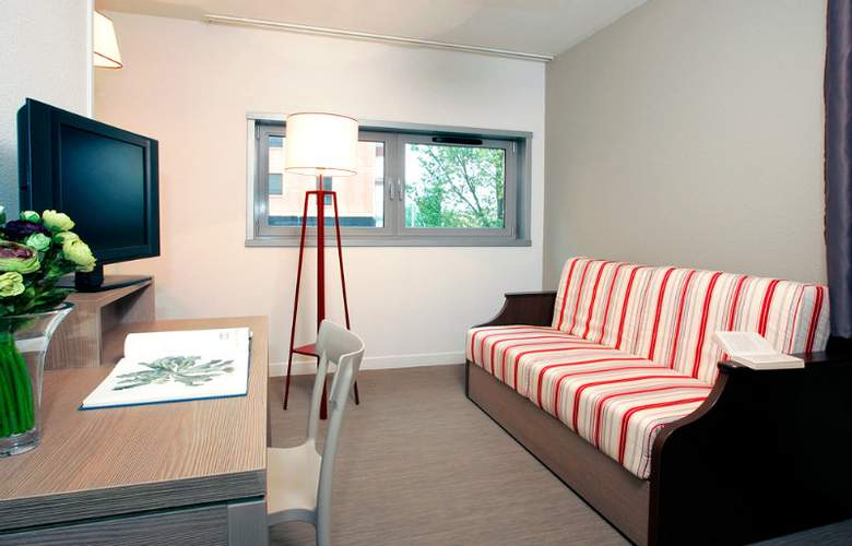 Appart City Marseille Euromed - Room - 7