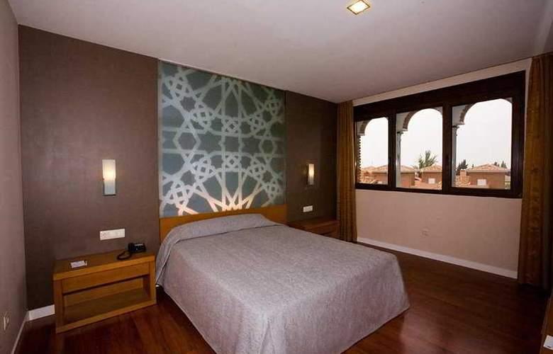 Granada Palace - Room - 6