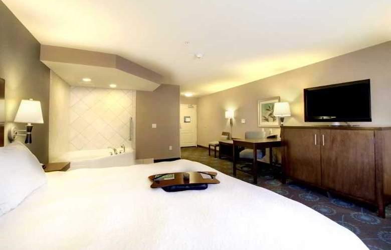 Hampton Inn & Suites Grafton - Room - 6