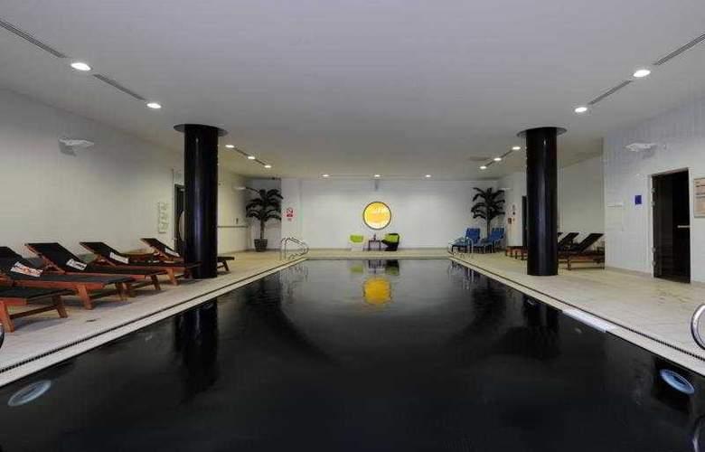 Park Inn by Radisson Manchester City Centre - Pool - 4