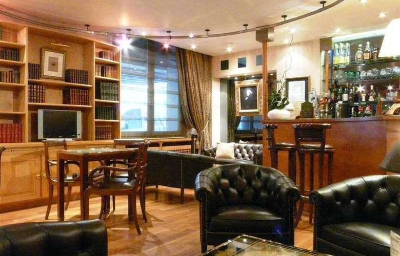 Best Western Hotel Victor Hugo - Bar - 21