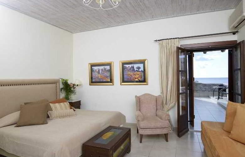 Porto Vitilo - Room - 9