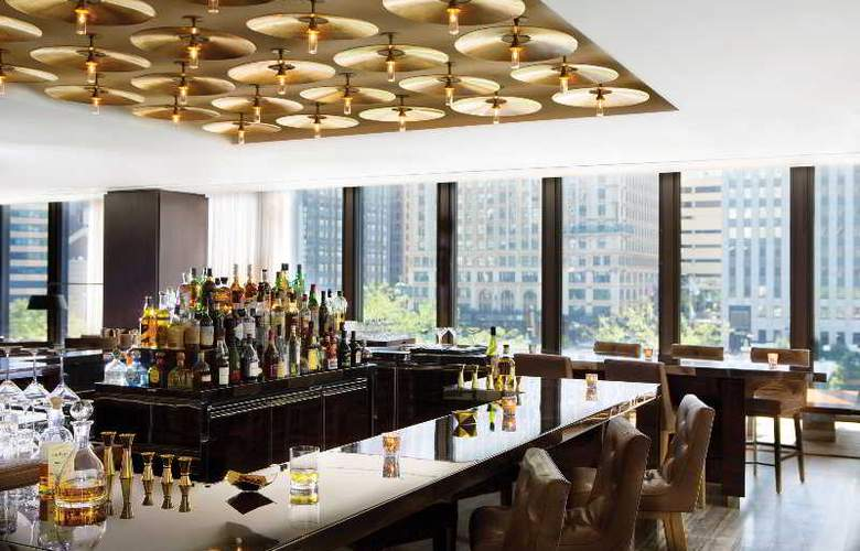 The Langham Chicago - Bar - 27