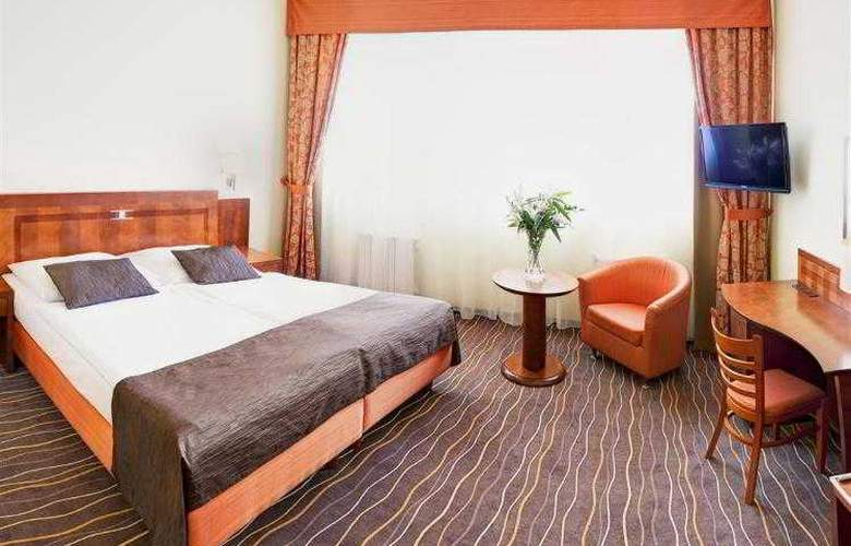 Luxury Family Hotel Bílá Labut - Hotel - 27