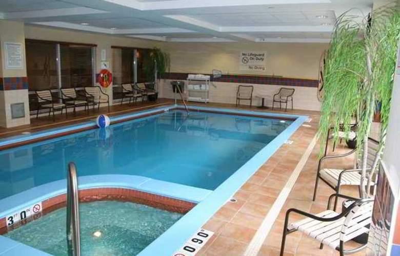 Hampton Inn & Suites by Hilton Kitchener - Hotel - 3