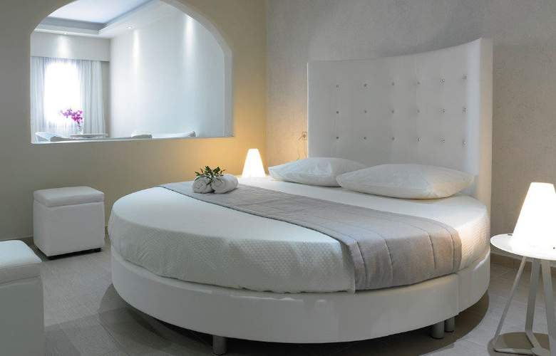 Splendour Resort - Room - 0