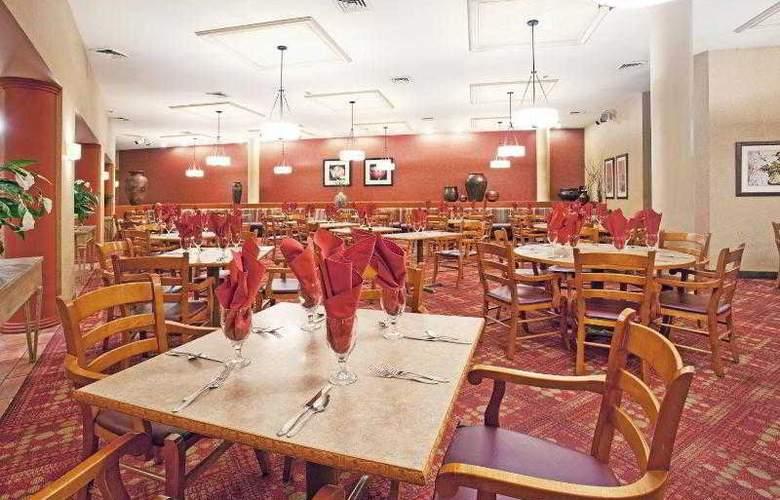 Crowne Plaza Phoenix - Restaurant - 32