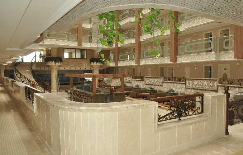 White Gold Hotel & Spa - Bar - 6