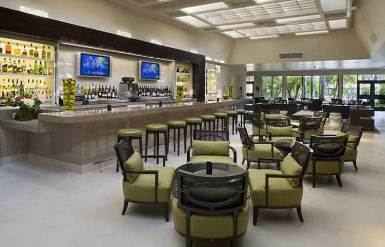 Hilton Irvine/Orange County Airport - Hotel - 5