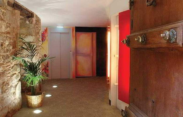 AinB Picasso-Corders Apartments - General - 1
