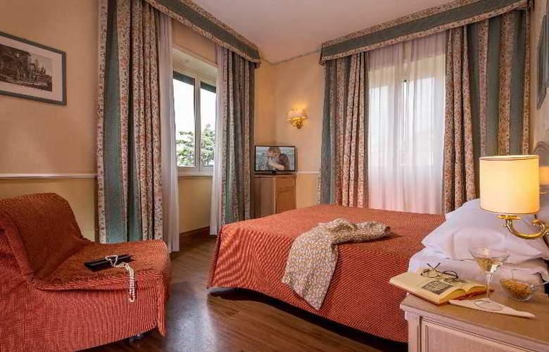 Santa Costanza - Room - 8