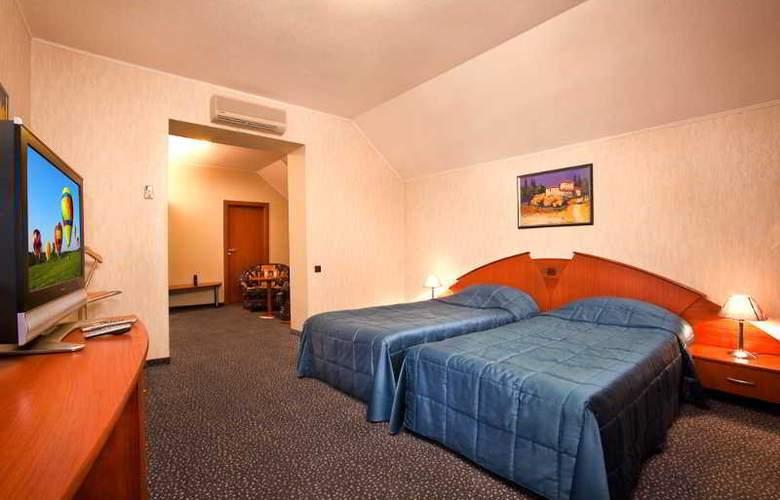 Luna Hotel - Room - 5