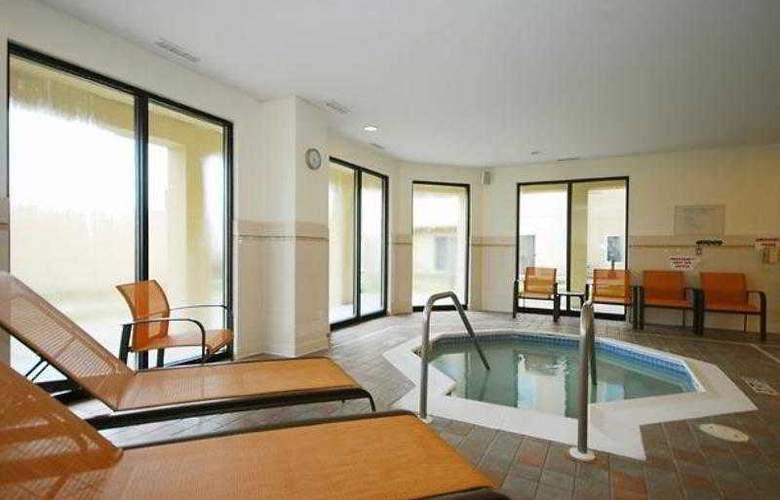 Courtyard Boston Raynham - Hotel - 16