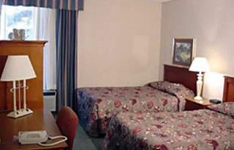 Holiday Inn Patriot's Point - Room - 2