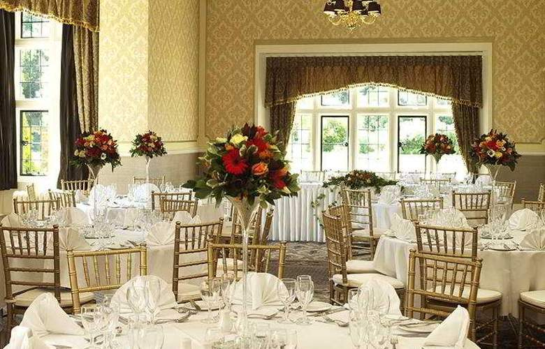 Shendish Manor Hotel & Golf Course - Restaurant - 11