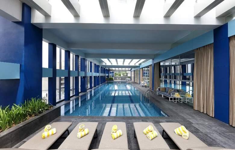 Makati Diamond Residences - Pool - 16