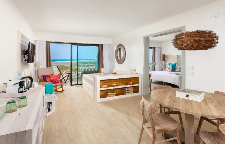 Sol Beach House at Melia Fuerteventura - Room - 13