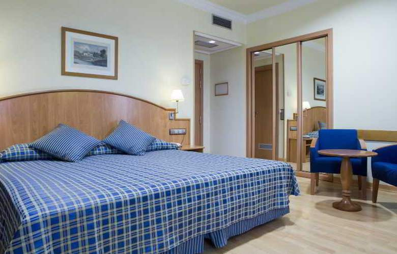 II Castillas Madrid - Room - 12