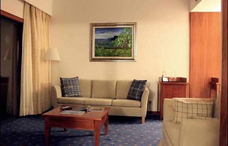 Hotel Quinta da Serra - Room - 12