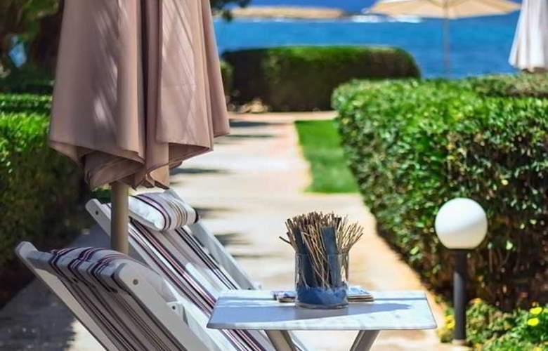 Pyrgos Beach Apartments - Hotel - 7
