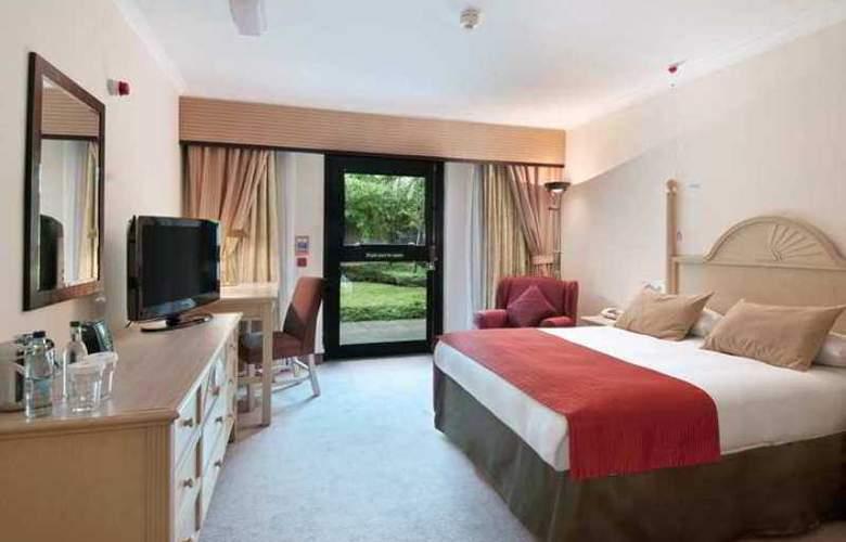 Hilton Edinburgh Airport - Hotel - 7