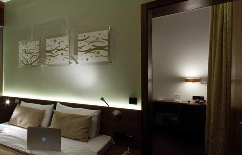 CAROL - Room - 29