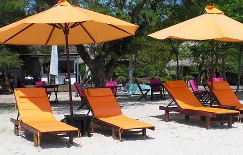 Danima Resort Lombok - Beach - 6