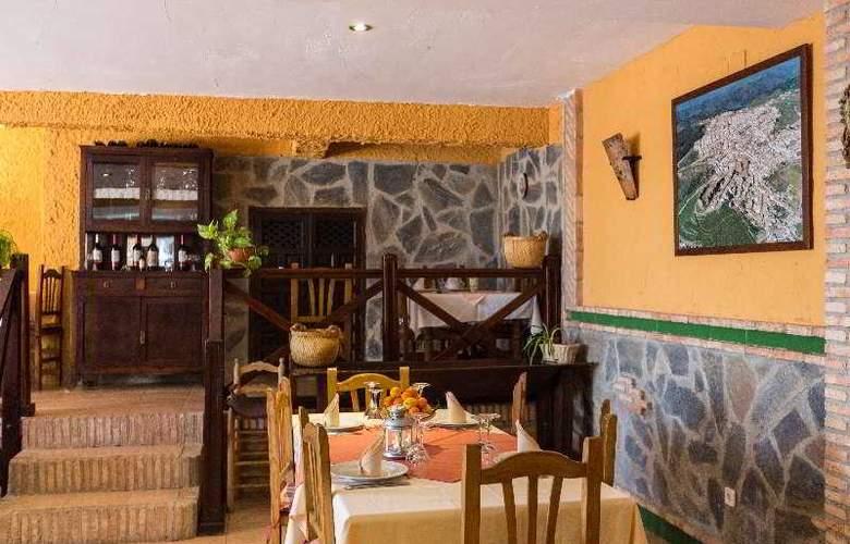 Palacio Guzmanes Hospederia Rural - Restaurant - 37