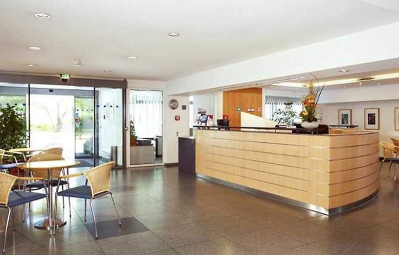 VCH Akademie Hotel Berlin - General - 1