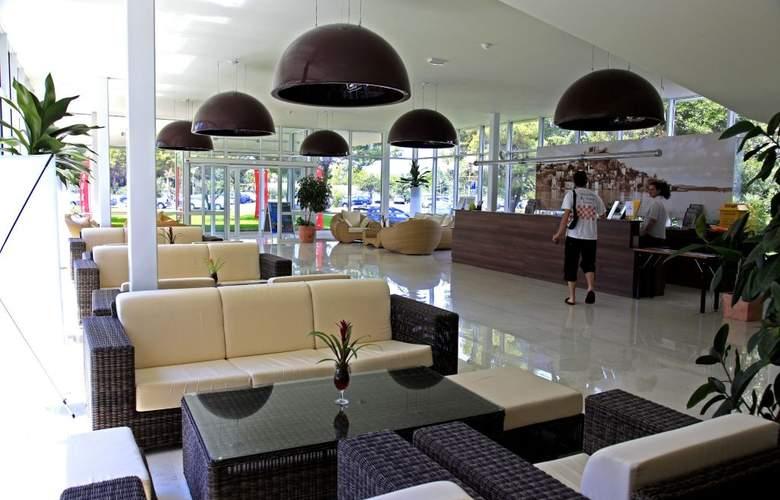Solaris Beach Jakov - Hotel - 4