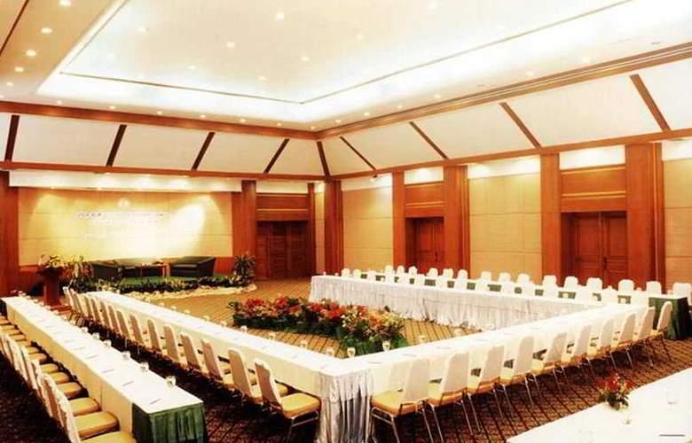 Pavilion Rim Kwai Resort Kanchanaburi - Conference - 8