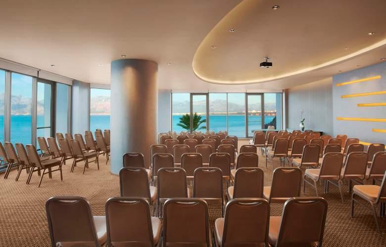 Akra Barut - Conference - 41