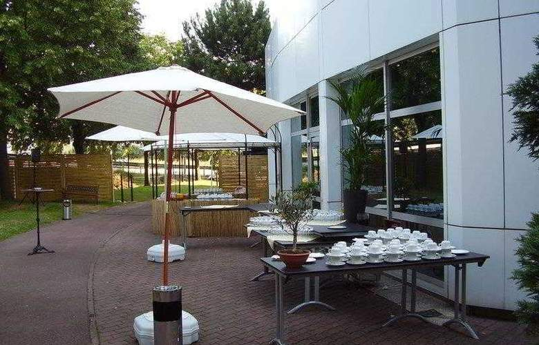 Best Western Plus Paris Orly - Terrace - 44