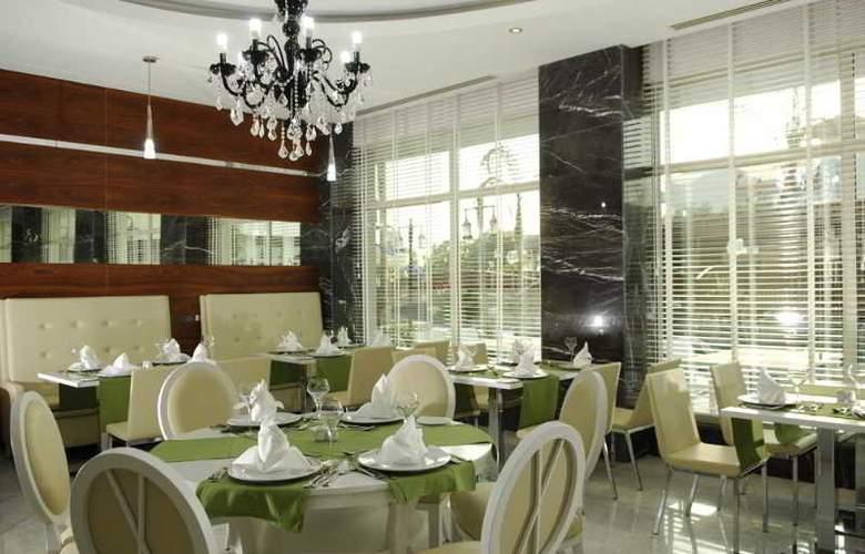 Evren Beach Resort - Restaurant - 25