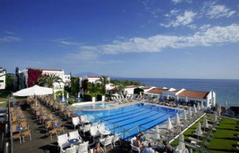 Louis Plagos Beach - Pool - 5