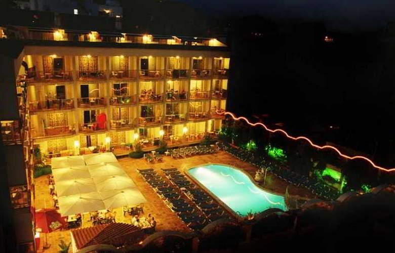 Miami Park - Hotel - 9