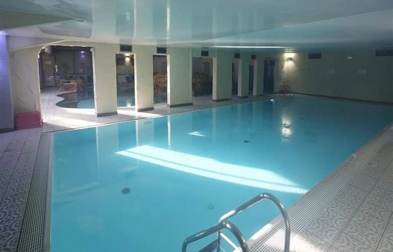 Best Western Park Hall - Pool - 232