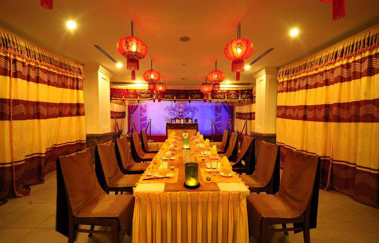 Romance Hotel Hue - Restaurant - 4