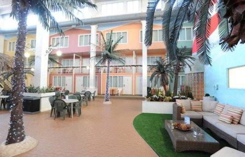 Best Western Seven Oaks Inn - Hotel - 13
