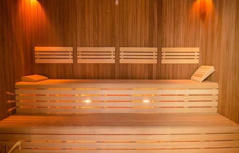 Ramada Baku Hotel - Sport - 27