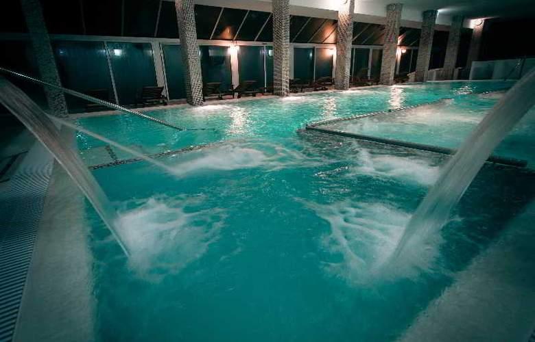 Les Dryades golf & Spa - Pool - 21