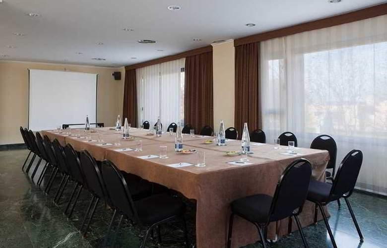 NH Ciudad de Cuenca - Conference - 10